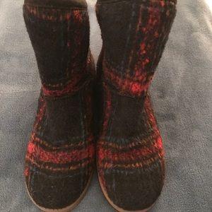 Indigo Rd. Comfy Plaid Boots